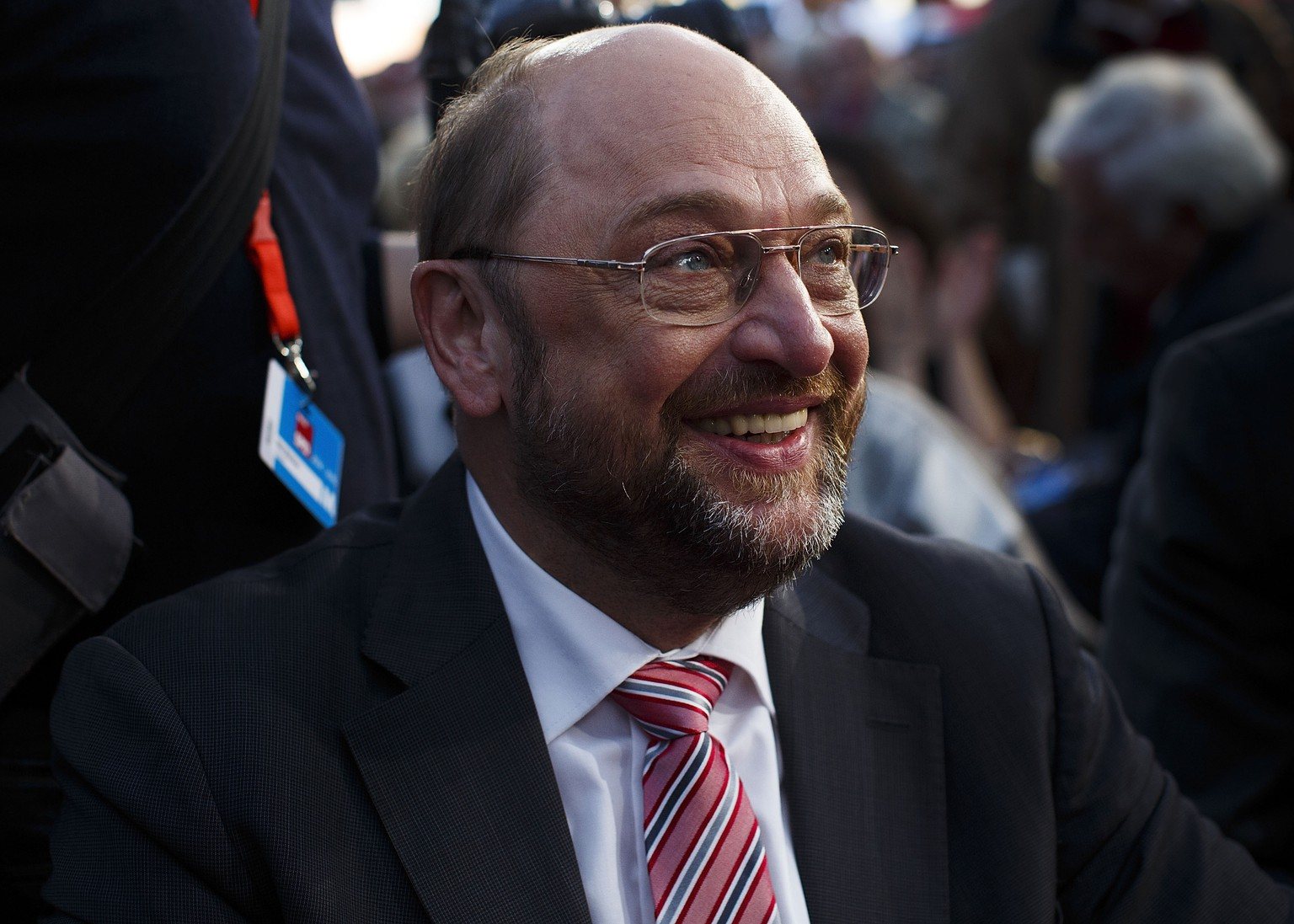 BERLIN, GERMANY - MAY 19:  Martin Schulz, a Social Democrat and President of the European Parliament, claps his hands before he speaks to supporters at an election rally for European parliamentary elections on May 15, 2014 in Berlin, Germany. Schulz is running for the position of European Union Commissioner and so far has a strong lead over his main rival, Jean-Claude Juncker. European Union member states will hold parliamentary election from May 22-25.  (Photo by Carsten Koall/Getty Images)