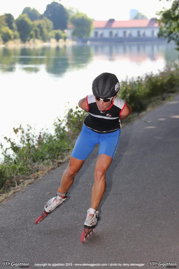 AARAU, 12.07.2015 - Single Favoritin Nina Brenn auf der Inlinestrecke (28 km / 190 m Steigung) am Historic Sunday am Gigathlon 2015 Aarau nach Aarau.   copyright by gigathlon.ch & www.steineggerpix.com / photo by remy steinegger  +++  NO RESALE / NO ARCHIVE  +++