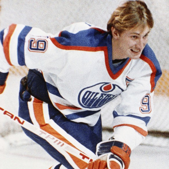 Hockey player for Edmonton Oilers Wayne Gretzky in action in January 1984. (AP Photo)