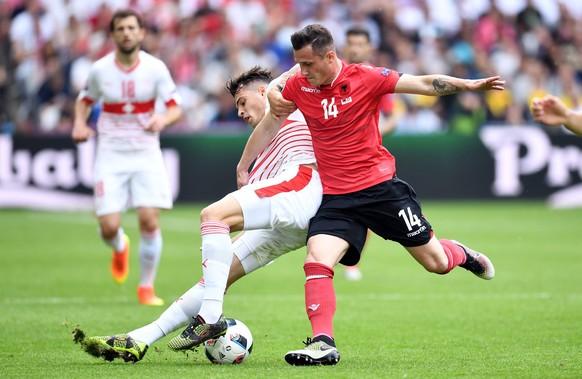 11.06.2016; Lens; Stade Bollaert-Delelis; Soccer Euro 2016 - Albania - Switzerland;Granit Xhaka (SUI) gegen Taulant Xhaka (ALB)(Tim Groothuis/Witters/freshfocus)