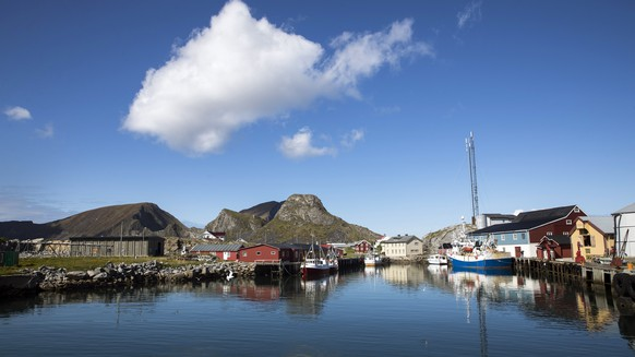 epa06811313 A general view on fisihng village on Vaeroy island in Lofoten, northern Norway, 13 June 2018 (issued 15 June 2018). Lofoten is an archipelago in Norway, situated withing the Arctic Circle.  EPA/BERIT ROALD NORAWY OUT NORWAY OUT