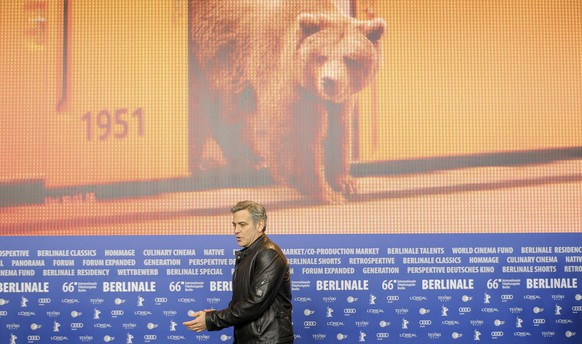 Actor George Clooney arrives for a news conference to promote the movie 'Hail, Caesar!' at the 66th Berlinale International Film Festival in Berlin, Germany February 11, 2016.      REUTERS/Stefanie Loos