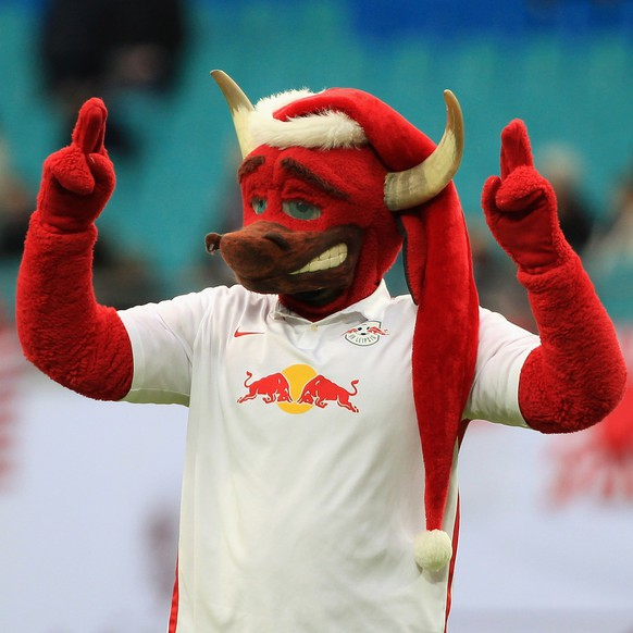LEIPZIG, GERMANY - DECEMBER 13:  Mascot Bulli of Leipzig with Christmas cap during the Second Bundesliga match between RB Leipzig and FSV Frankfurt at Red Bull Arena on December 13, 2015 in Leipzig, Germany.  (Photo by Karina Hessland/Bongarts/Getty Images)