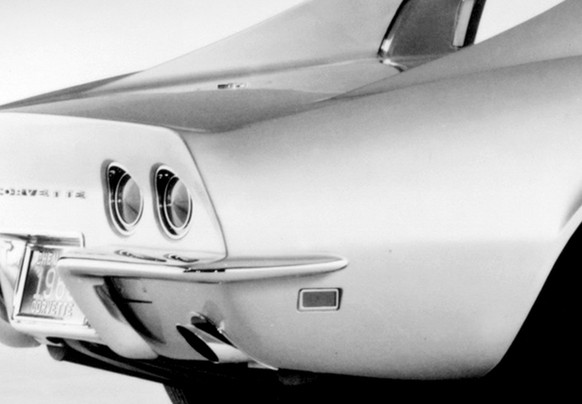 corvette stingray 1969 http://i.wheelsage.org/pictures/corvette/c3/autowp.ru_corvette_sting_ray_coupe_3.jpg