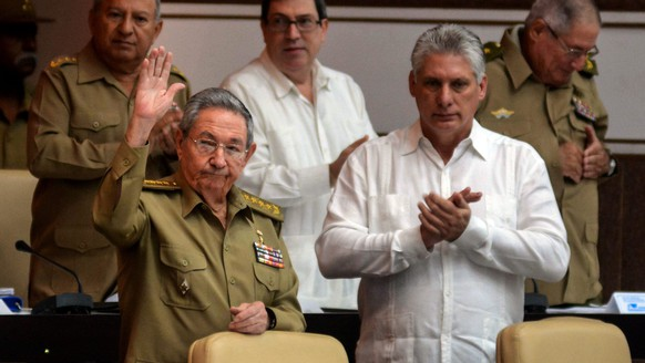 epa05689580 A handout photo made available by Cuban News Agency shows the President of Cuba, Raúl Castro (L), and the first vice president, Miguel Díaz-Canel (R), attend to the session of the National Assembly in Havana, Cuba, on 27 December 2016. Raul Castro, heads the last plenary session of the year of the National Assembly of Cuba (unicameral Parliament), which will review the situation of the country and will address the last will of Fidel Castro of not to use his name in buildings or public spaces.  EPA/Abel Padrón Padilla / HANDOUT  HANDOUT EDITORIAL USE ONLY/NO SALES