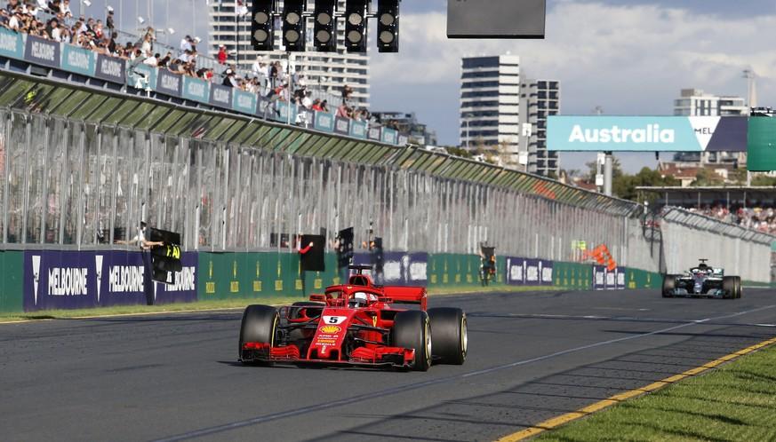 Formel 1 Sebastian Vettel Feiert Im Ersten Saisonrennen Einen