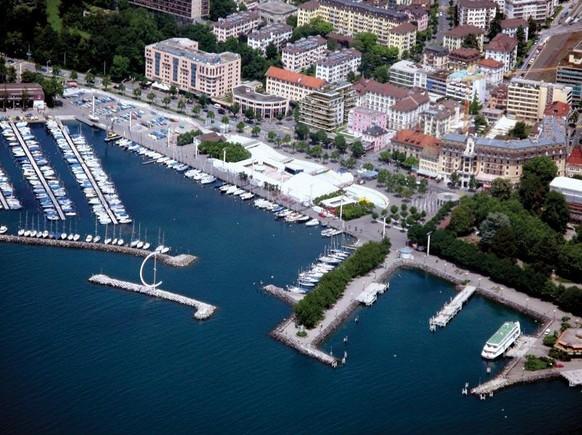 Lausanne Place de la Navigation https://twitter.com/RedBallProject/status/353800688536535041
