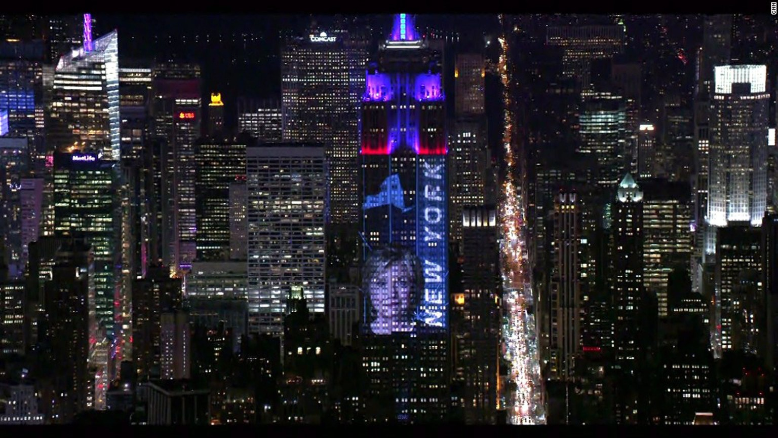 epa05623373 A handout picture made available by the Empire State Realty Trust shows a view of the Empire State Building lit with real-time election results and campaign photos during the US Election Day in New York, New York, USA, 08 November 2016. Americans vote on Election Day to choose the 45th President of the United States of America to serve from 2017 through 2020.  EPA/CNN  / HANDOUT via EMPIRE STATE REALTY TRUST  HANDOUT EDITORIAL USE ONLY/NO SALES