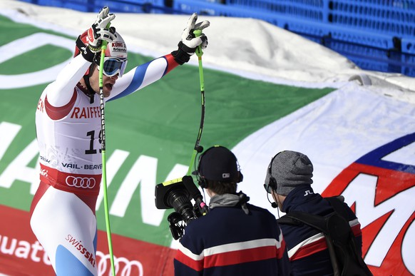 Patrick Kueng of Switzerland reacts in the finish area during the men's downhill race at the 2015 Alpine World Skiing Championships in Vail / Beaver Creek, Colorado, USA, pictured on Saturday, February 7, 2015. (KEYSTONE/Jean-Christophe Bott)