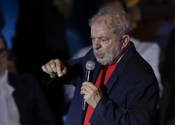 Former Brazilian President Luiz Inacio Lula da Silva speaks during a meeting with artists and intellectuals in Sao Paulo, Brazil, Thursday, Jan. 18, 2018. Brazilian judges are scheduled to rule Wednesday on Lula da Silva's appeal of his conviction on corruption and money laundering charges. (AP Photo/Andre Penner)