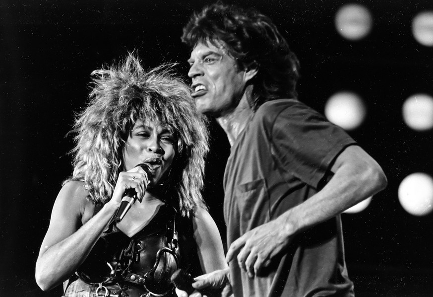 Tina Turner and Mick Jagger perform together at the Live Aid concert in Philadelphia in this July 13, 1985, photo.  The Philadelphia Inquirer reported Sunday, May 29, 2005, that two decades after rock stars descended in Philadelphia to raise funds for Africa, a sequel is coming to the city.  Singer-activist Bob Geldof is again organizing the event, to be held on July 2. Details are expected to be announced Tuesday during joint news conferences planned for Philadelphia and London. (KEYSTONE/AP Photo/Rusty Kennedy)