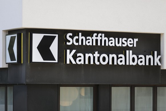 The logo of the cantonal bank of Schaffhausen, photographed in Schaffhausen, Switzerland, on May 15, 2017. (KEYSTONE)  Das Logo der Schaffhauser Kantonalbank, fotografiert am 15. Mai 2017 in Schaffhausen. (KEYSTONE/Gaetan Bally)