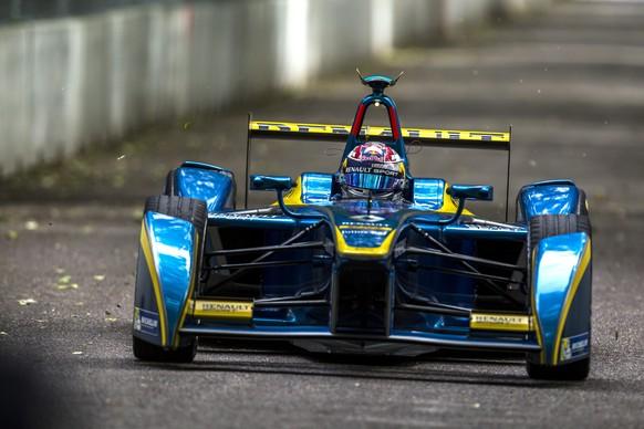 28.06.2015; London; Motorsport - Formel E Meisterschaft England 2015; Sebastien Buemi (SUI) - Team e-dams Renault (Manuel Goria/Sutton/freshfocus)