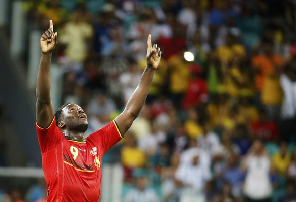 Belgium's Romelu Lukaku celebrates defeating the U.S. at the end of their 2014 World Cup round of 16 game at the Fonte Nova arena in Salvador July 1, 2014.  REUTERS/Sergio Moraes (BRAZIL  - Tags: SOCCER SPORT WORLD CUP)
