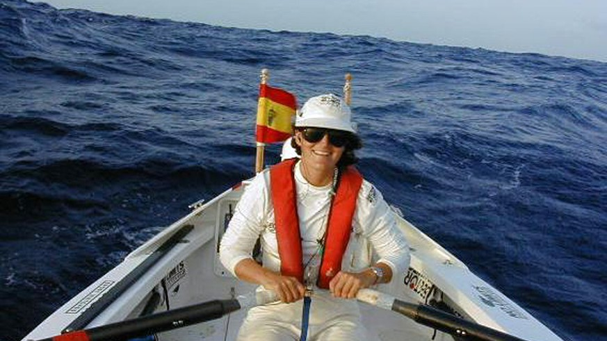Tori Murden, shown in the Atlantic Ocean Wednesday, Oct. 20, 1999, in a quest to become the first woman and first American to row solo across the Atlantic, is beginning to feel superstitious midway through her 3,000-mile journey.