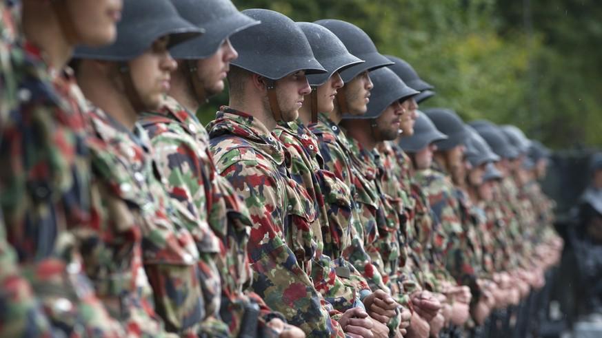 kannst du mit einem Freund der Armee beitreten?