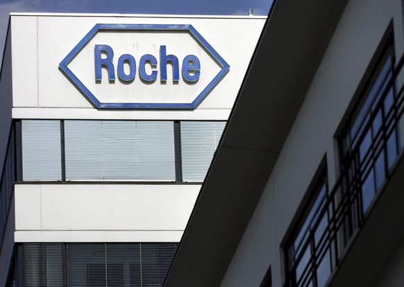 epa08562575 (FILE) - A file picture dated 12 August 2005 shows the logo of Swiss pharmaceutical company Roche at the headquarters in Basle, Switzerland (reissued 23 July 2020). Roche on 23 July 2020 released their first six months of the year 2020 results, saying the group sales increased one per cent at constant exchange rates and declined four per cent in Swiss francs because of continued appreciation of the Swiss franc against most currencies. Roche, that confirmed their outlook for 2020 also said sales since June 2020 were recovering as COVID-19 pandemic had a negative impact on sales during the 2nd quarter.  EPA/STEFFEN SCHMIDT