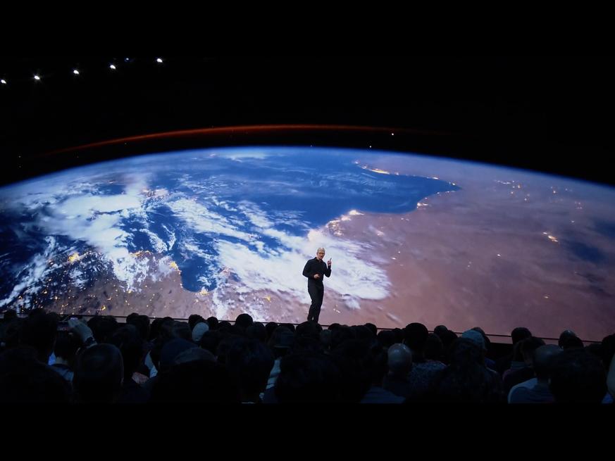 Sky Karte Wie Rum Einstecken.Apple Keynote Zur Wwdc 2019 Neue Features Fürs Iphone Mit Ios 13