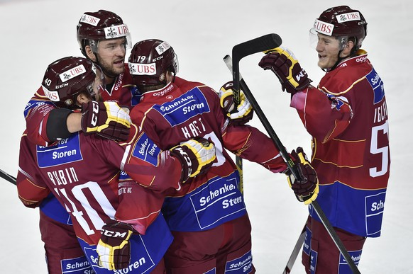 Geneva's player celebrates the scores to 5:0 during the game between Switzerland's Geneve Servette HC and Team Canada in the semi final game at the 88th Spengler Cup ice hockey tournament in Davos, Switzerland, Tuesday, December 30, 2014. (KEYSTONE/Peter Schneider)