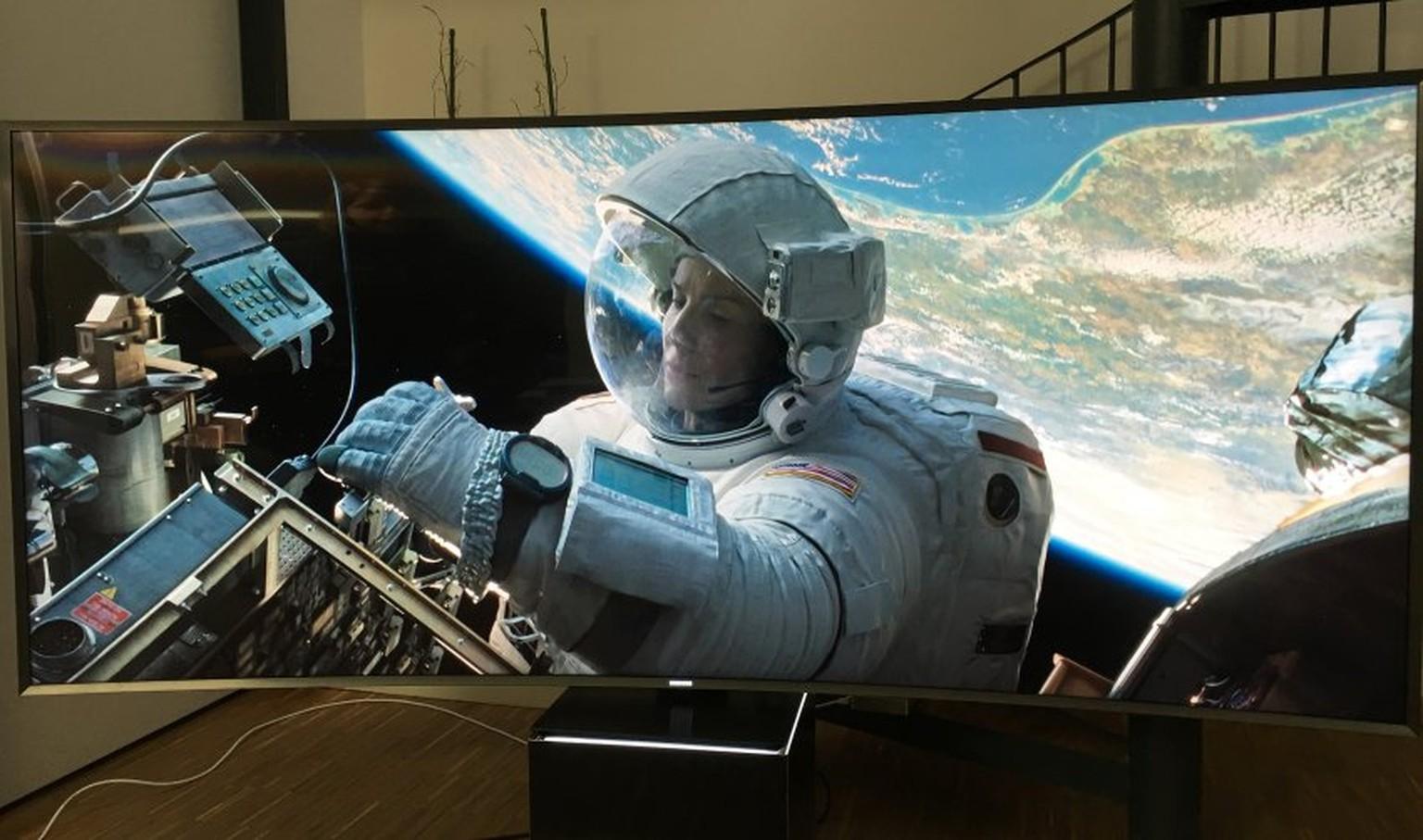Spiegel Tv Samsung : Samsung s9w: der 22000 franken tv im test watson