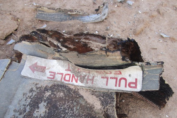 REFILE - CORRECTING SOURCE AND ADDING RESTRICTIONS 