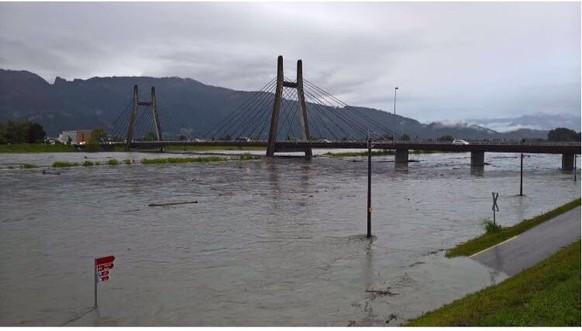 Brücke bei diepoldsau, viel mag es nicht mehr leiden😁 tel: null