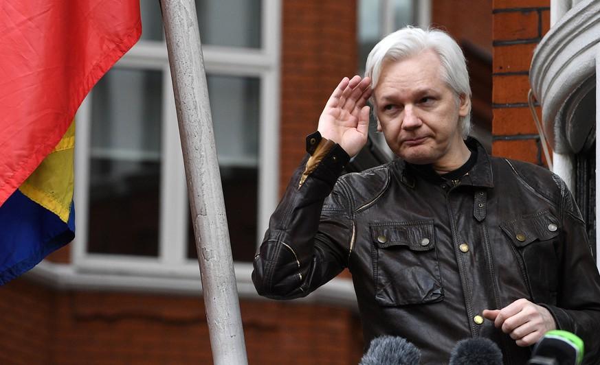 Britischer Haftbefehl gegen Assange bleibt bestehen