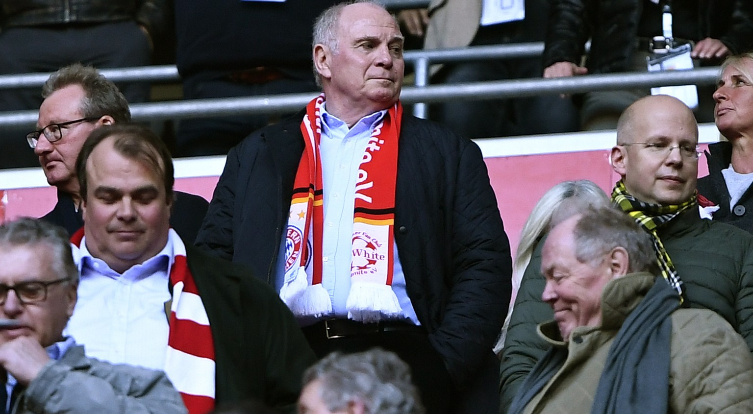 epa07488867 Bayern Munich President Uli Hoeness attends the German Bundesliga soccer match between FC Bayern Munich and Borussia Dortmund in Munich, Germany, 06 April 2019.  EPA/LUKAS BARTH-TUTTAS CONDITIONS - ATTENTION: DFL regulations prohibit any use of photographs as image sequences and/or quasi-video.