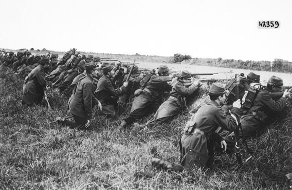 Erster Weltkrieg Westfront 1914 französische Soldaten (Wikipedia/PD)