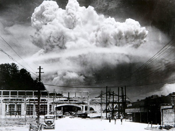 epa04867687 (FILE) A handout photo made available by the Nagasaki Atomic Bomb Museum shows a view of the mushroom cloud photographed from the ground of the 09 August 1945 atomic bombing of Nagasaki, Japan. 06 August 2015 marks the 70th anniversary of the atomic bombing on Hiroshima. The US B-29 Superfortress bomber Enola Gay dropped an atomic bomb codenamed 'Little Boy' on Hiroshima on 06 August 1945, killing tens of thousands of people in seconds. By the end of the year, 140,000 people had died from the effects of the bomb. On 09 August 1945 a second atomic bomb was exploded over Nagasaki, killing more than 73,000 people. The 'Little Boy' was the first ever nuclear bomb dropped on a city and a crucial turn that led to Japan's surrender in WWII.  EPA/NAGASAKI ATOMIC BOMB MUSEUM / HANDOUT  HANDOUT EDITORIAL USE ONLY *** Local Caption *** 02271808