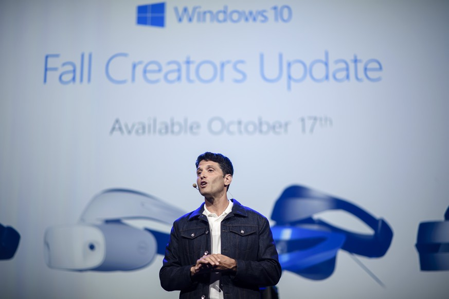 epa06177010 Terry Myerson, Microsoft executive vice president, Windows and Devices Group, speaks during the Microsoft Keynote at the 'Internationale Funkausstellung Berlin' (IFA), an international consumer electronics fair, in Berlin, Germany, 01 September 2017. The IFA is the world's leading trade show for consumer electronics and home appliances and open for the general public from 01 to 06 September. The fair presents over 1,800 exhibitors from more than 50 countries and expects over 200,000 visitors for this year.  EPA/CLEMENS BILAN