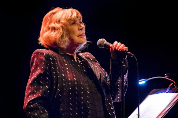 epa04501556 British singer Marianne Faithfull performs on stage of the Carre theater in Amsterdam, The Netherlands, 23 November 2014. The concert is part of her 50th anniversary world tour.  EPA/FERDY DAMMAN