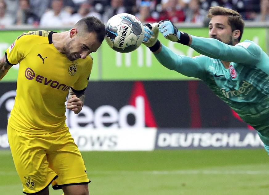 Internationaler Fussball: BVB gibt Punkte ab, Liverpool schlägt Chelsea