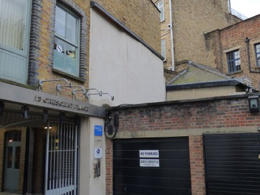 In London wohnen Menschen in Garagen, Schuppen und Kellern - watson