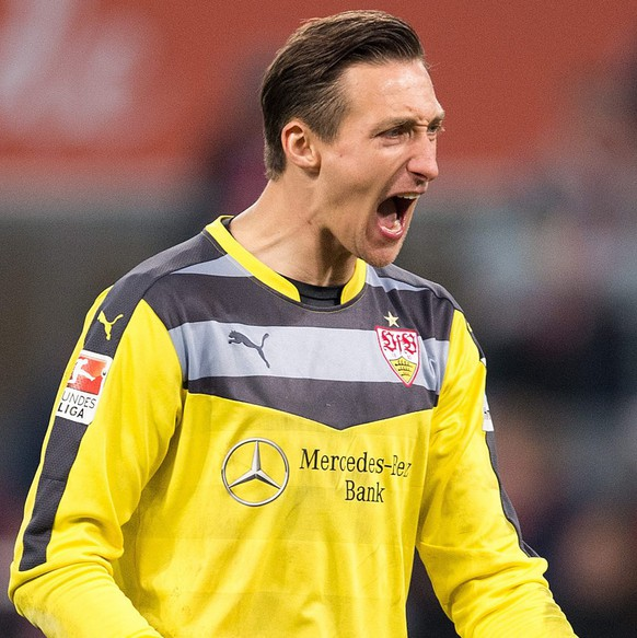 epa05120978 Stuttgart goalkeeper Przemyslaw Tyton celebrates after the German Bundesliga football match between 1. FC Cologne and VfB Stuttgart at the RheinEnergieStadion in Cologne, Germany, 23 January 2016.(EMBARGO CONDITIONS - ATTENTION: Due to the accreditation guidelines, the DFL only permits the publication and utilisation of up to 15 pictures per match on the internet and in online media during the match.)  EPA/MARIUS BECKER