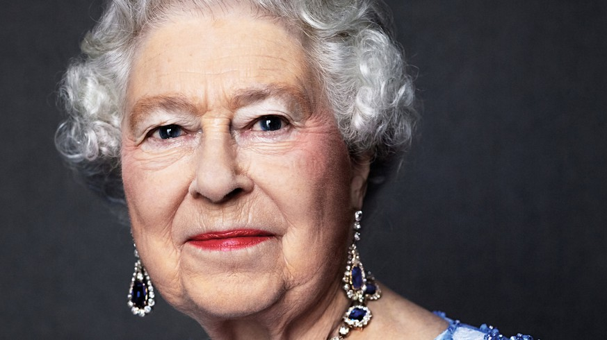 ATTENTION EDITORS - EMBARGOED TO 0001 UK TIME ON MONDAY FEBRUARY 6, 2017.Queen Elizabeth II is seen in this handout photo taken by David Bailey in 2014, and reissued by Buckingham Palace to mark the Sapphire Jubilee of her 65th anniversary of her accession to the throne. Queen Elizabeth is wearing a suite of sapphire jewellery given to her by King George VI as a wedding gift in 1947. MANDATORY CREDIT David Bailey/Handout via Reuters FOR EDITORIAL USE ONLY. NO RESALES. NO ARCHIVES. NO COMMERCIAL OR BOOK SALES. NO USE AFTER 2359 UK TIME TUESDAY FEBRUARY 7, 2017. MANDATORY CREDIT. REUSE OF THE PICTURE MAY REQUIRE FURTHER PERMISSSION FROM THE COPYRIGHT HOLDER. THIS IMAGE HAS BEEN SUPPLIED BY A THIRD PARTY. IT IS DISTRIBUTED, EXACTLY AS RECEIVED BY REUTERS, AS A SERVICE TO CLIENTS. TEMPLATE OUT