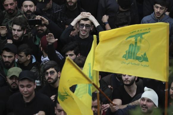 Hisbollah-Verbot in Deutschland: Polizei durchsucht Vereine