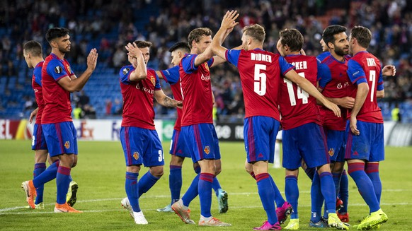 epa07854437 Basels players celebrate after winning the UEFA Europa League group C matchday 1 soccer match between Switzerland's FC Basel 1893 and Russia's FC Krasnodar in the St. Jakob-Park stadium in Basel, Switzerland, on Thursday, September 19, 2019.  EPA/ALEXANDRA WEY