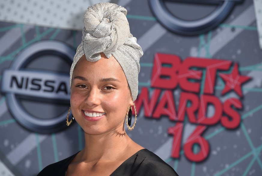 Alicia Keys arrives at the BET Awards at the Microsoft Theater on Sunday, June 26, 2016, in Los Angeles. (Photo by Jordan Strauss/Invision/AP)
