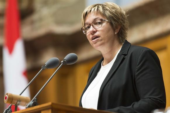 Valerie Piller Carrard, SP-FR, spricht an der Sommersession der Eidgenoessischen Raete, am Dienstag, 13. Juni 2017 im Nationalrat in Bern. (KEYSTONE/Thomas Delley)