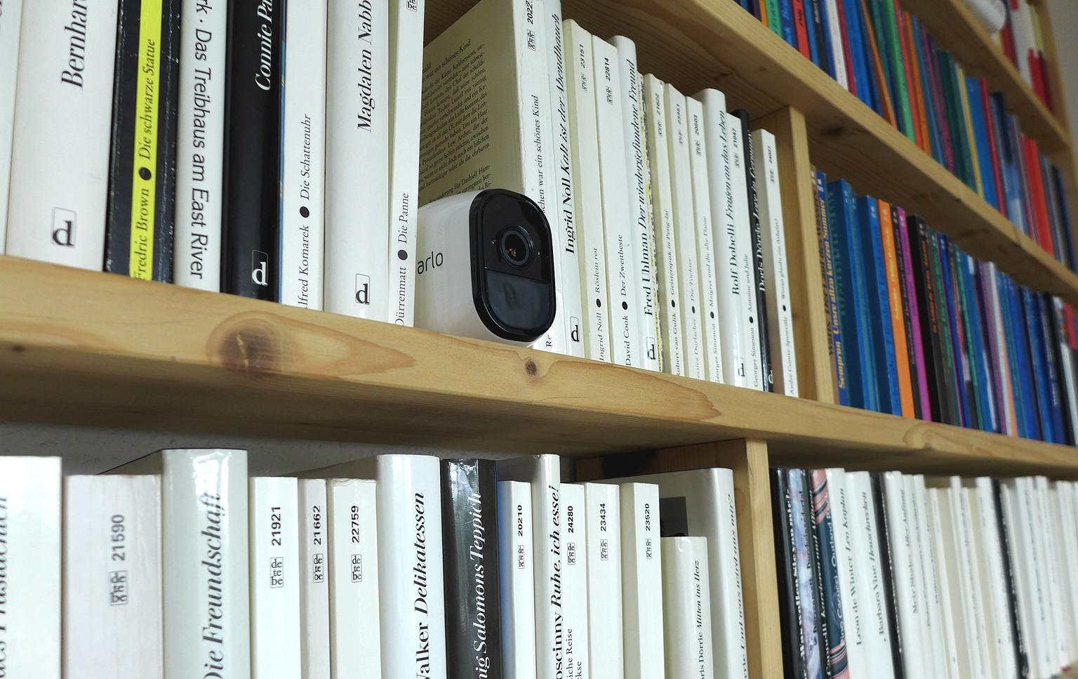 Mini Kühlschrank Digitec : Die home security kamera arlo pro von netgear im praxistest watson