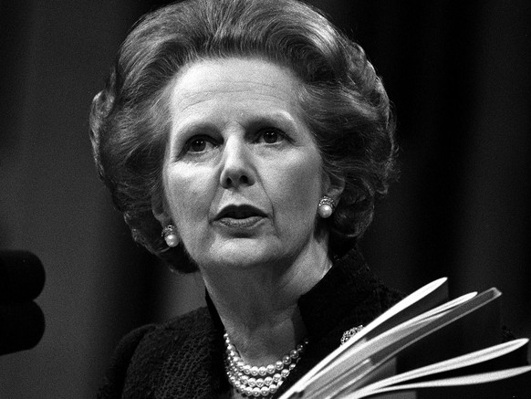 Prime Minister Margaret Thatcher addresses the 55th Annual Conservative Women 's Conference at the Barbican Centre in London, May 22, 1985. Her keynote speech was on inflation.(KEYSTONE/EPA/PA/Str)