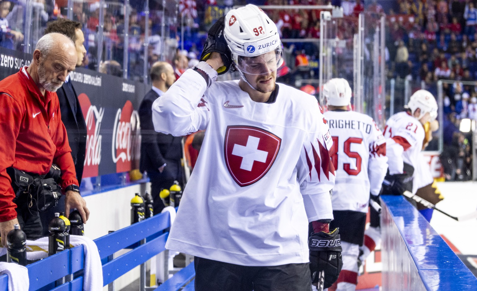 epa07595035 Switzerland's Gaetan Haas reacts after losing the IIHF World Championship quarter final ice hockey match between Canada and Switzerland at the Steel Arena in Kosice, Slovakia, 23 May 2019.  EPA/MELANIE DUCHENE