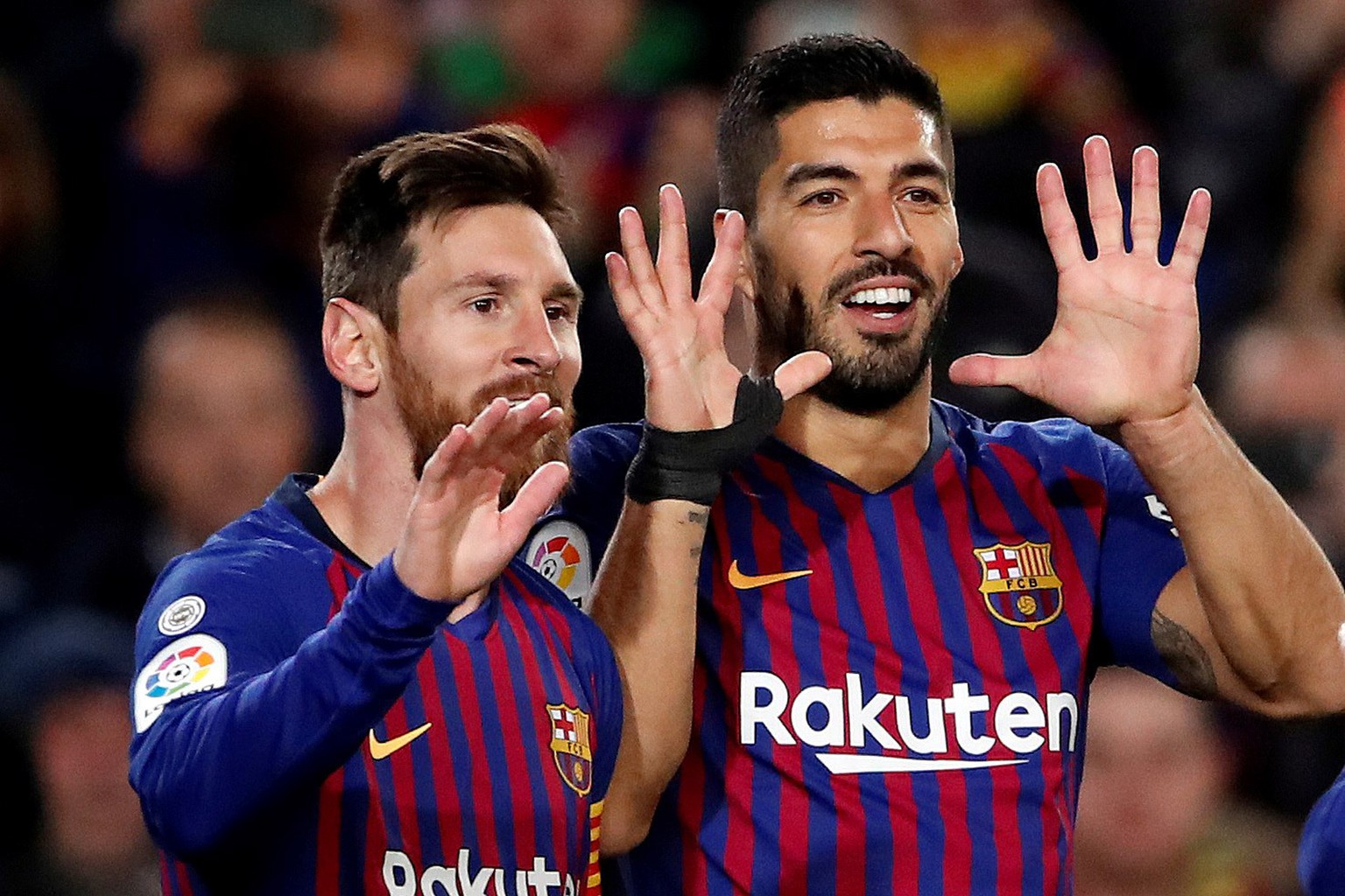 "epa07280678 FC Barcelona's Luis Suarez (R) celebrates with teammate Lionel Messi (L) after scoring the 3-0 lead during the Spanish La Liga Primera Division soccer match between FC Barcelona and SD Eibar at Camp Nou stadium in Barcelona, ​​Spain, January 1<div class=""e3lan e3lan-in-post1""><script async src=""//pagead2.googlesyndication.com/pagead/js/adsbygoogle.js""></script>