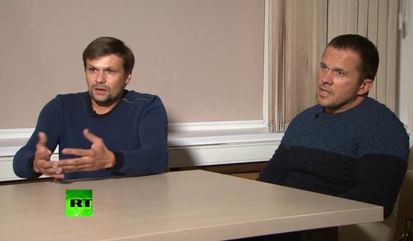 Alexander Mischkin und Anatoli Tschepiga sagen, sie waren nur wegen der schönen Kathedrale in Salisbury.