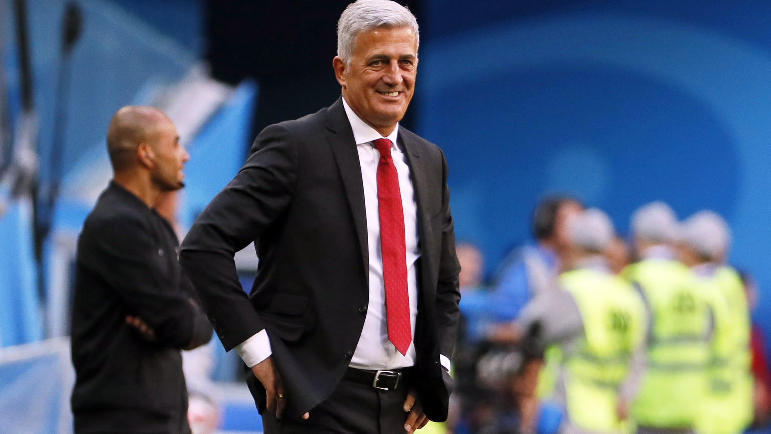 epa06861206 Switzerland's head coach Vladimir Petkovic reacts during the FIFA World Cup 2018 round of 16 soccer match between Sweden and Switzerland in St.Petersburg, Russia, 03 July 2018.