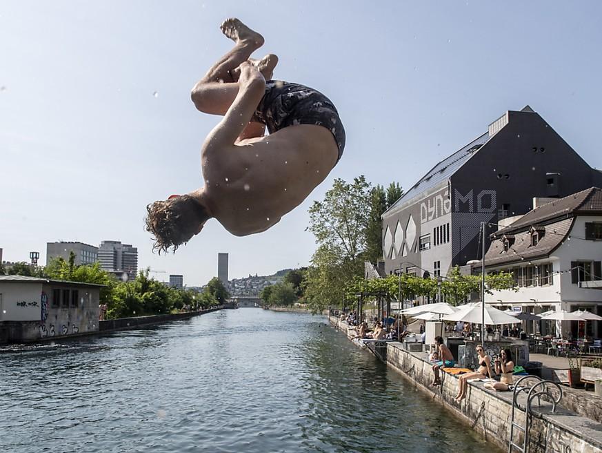 Sommer-Wetter und hohe Wassertemperaturen: In diesen Seen kannst du noch baden
