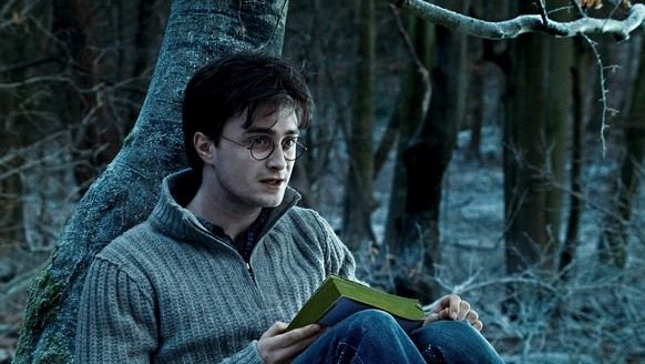 "Harry Potter and the Deathly Hallows - Part 1 - MOVIE 2010: DANIEL RADCLIFFE as Harry Potter in Warner Bros. Pictures' fantasy adventure ""HARRY POTTER AND THE DEATHLY HALLOWS – PART 1,"" a Warner Bros. Pictures release."