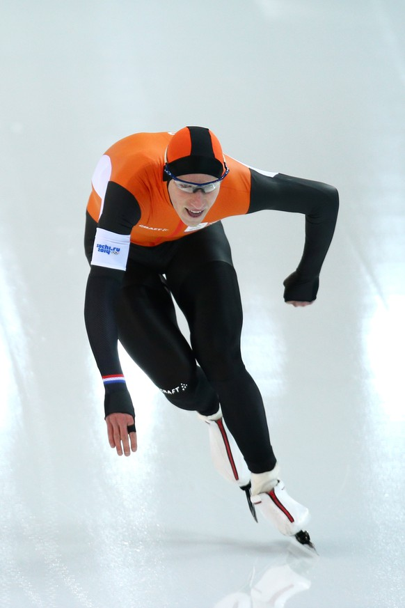 SOCHI, RUSSIA - FEBRUARY 15: Jan Blokhuijsen of the Netherlands competes during the Men's 1500m Speed Skating event on day 8 of the Sochi 2014 Winter Olympics at Adler Arena Skating Center on February 15, 2014 in Sochi, Russia.  (Photo by Paul Gilham/Getty Images)
