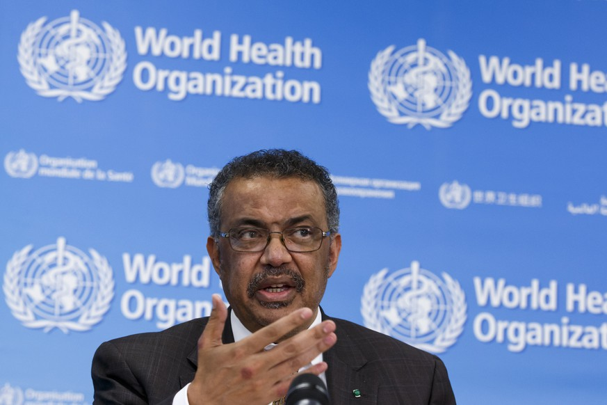 epa08195283 Tedros Adhanom Ghebreyesus, Director General of the World Health Organization (WHO), informs the media about the current situation regarding the novel coronavirus (2019-nCoV), during a press conference, at the World Health Organization (WHO) headquarters in Geneva, Switzerland, 05 February 2020.  EPA/SALVATORE DI NOLFI